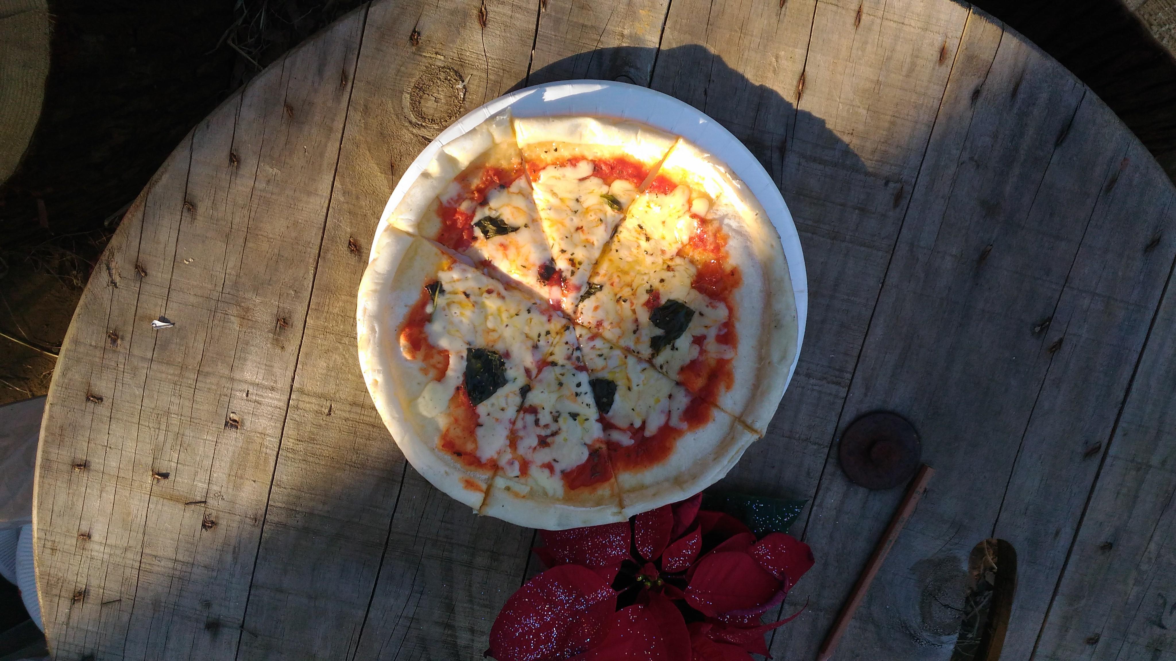 出来たピザ。4ピース