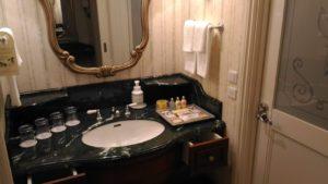 ディズニーランドホテルの洗面台