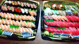 恒例の100貫寿司