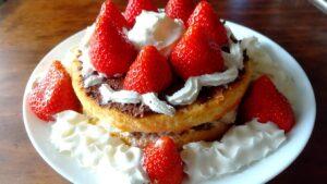 長女、次女作成子どもの日ケーキ